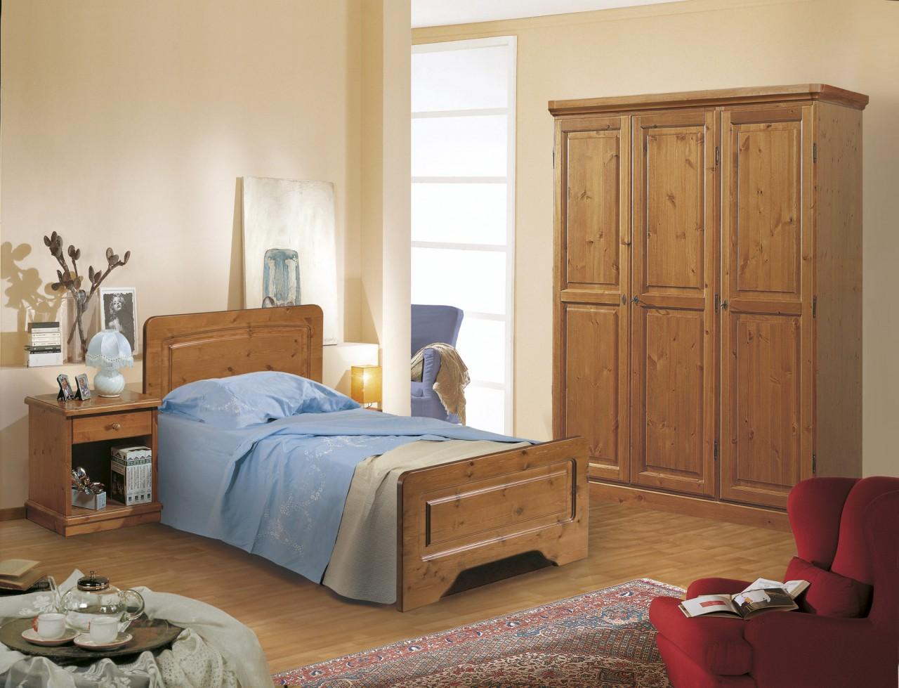 Camere da letto in pino camera canazei singola for Camere da letto verona
