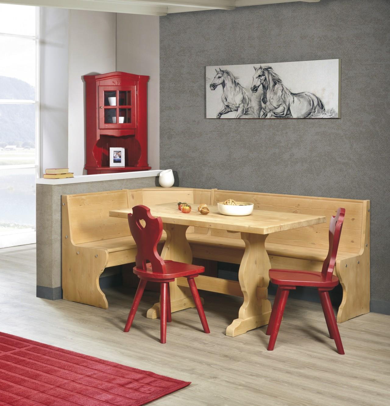 Tavoli in pino, angolo sala rustica, arredamenti rustici